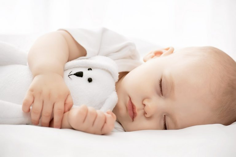 7 cách tăng cường hệ miễn dịch cho bé những ngày đầu đông