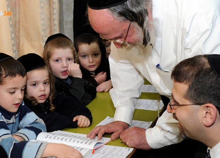 """Đây là cách người Do Thái dạy con về """"mùi tiền"""" từ năm 3 tuổi, bố mẹ Việt nên tham khảo"""