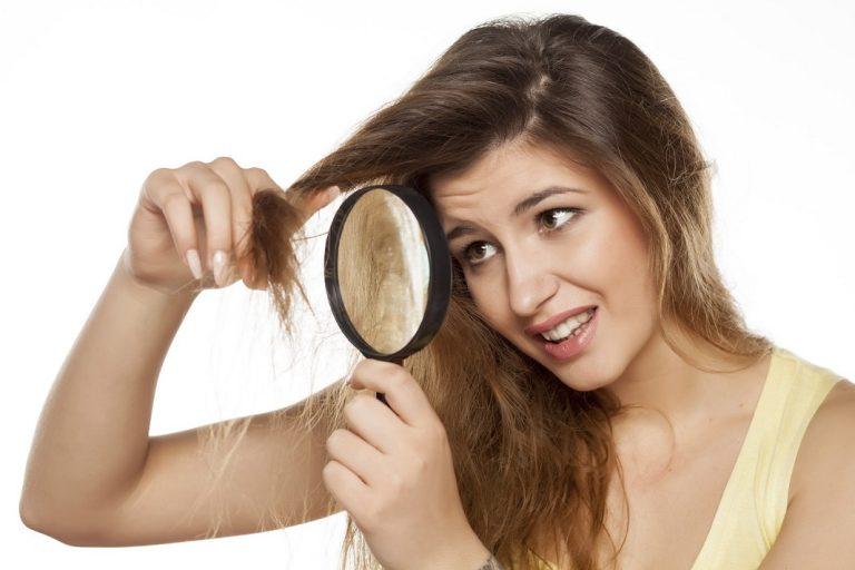 Những nguyên nhân làm tóc ngày càng xơ xác, cứ 10 cô gái thì 8 người có những thói quen này